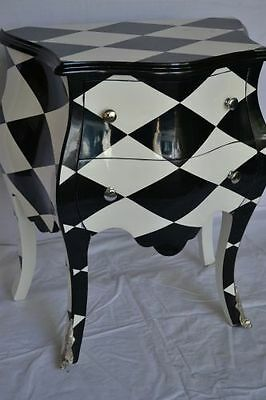 Black and white chest of drawers - Louis XV style