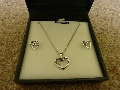 "❤   18"" Silver Heart Pendant & Earrings With Tiny Diamonds Gift Set NEW   ❤"