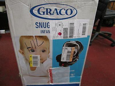 Graco SnugRide 35 CLICK CONNECT Infant Car Seat Pierce Collection  4-35 lbs