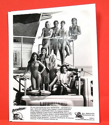 8x10 B&W Glossy Publicity Press Photograph Baywatch Cast 1995 All American TV