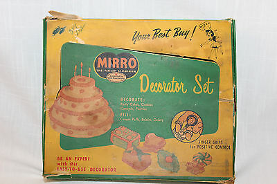 Vintage~MIRRO~Aluminum~CAKE COOKIE~Decorator Set~6 Frosting TIPS~With Box