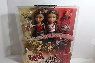 Bratz Twins Twiins Twinz Nona An Tess Girls These Are The Darker Verson Vhtf