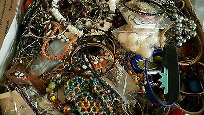 Lg FLAT RATE BOX over  21 lbs CRAFTS Only Jewely most non wear