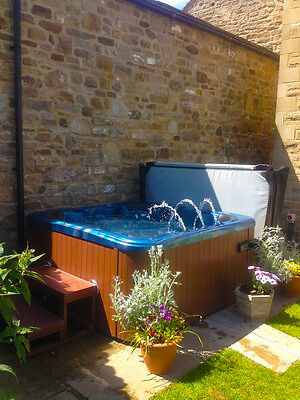 Holiday Cottage 10th-13th Feb Yorkshire Dale/Teesdale Hot Tub, Sleeps 8 & Pets