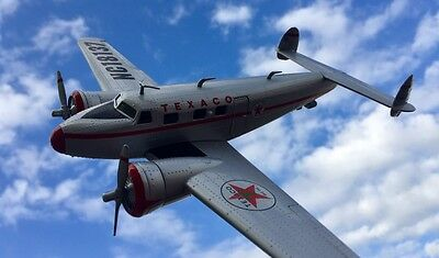 NEW Wings of Texaco #24 1937 Lockheed Electra Jr. TEXACO 2016 Bank Airplane NEW