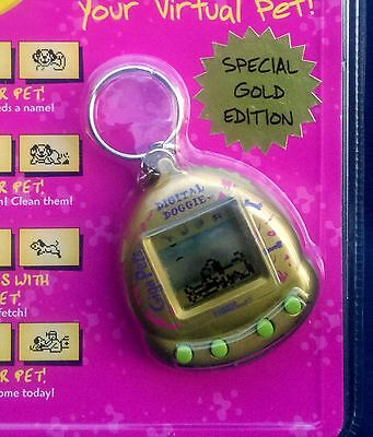 New 1997 Tiger Electronics Giga Pets Digital Doggie Gold Edition Mint in package