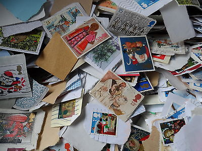 lot 4  100  grms christmas stamps taken from large box  colllection kiloware