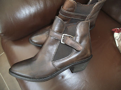 ladies leather ASOS ankle boots size uk4
