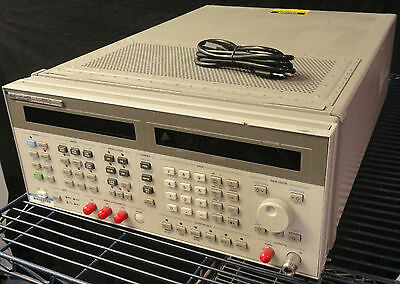 ** HP 8664A Synthesized Signal Generator 100KHz-3GHz w/ Opt 004 Low Noise
