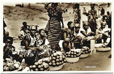 Real Photo Postcard . Selling Oranges . Gold Coast . Africa