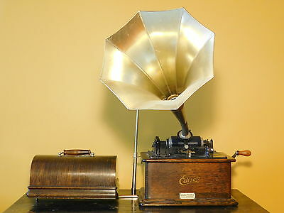 c1905 Edison Standard Phonograph with Model 'C' Reproducer & 10 Panel Brass Horn