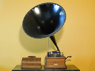 c1905 Edison Fireside Combination Type Phonograph with Model 'K' Reproducer