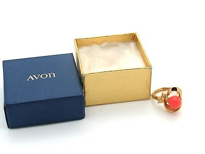 Pretty Vtg Avon Gold Tone Abstract Ring w/Faux Coral in Orig Box - Sz 5