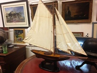 Beautiful model of a Victorian pond sailing yacht