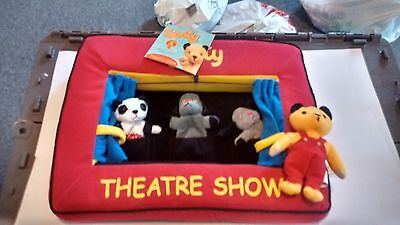 Sooty Theatre Show, Pop Up Wand And 2 Extra Small Puppets