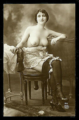French YOUTHFUL Topless In Lingerie BREASTS MARVELOUS Agelou 1915 PARIS Latest