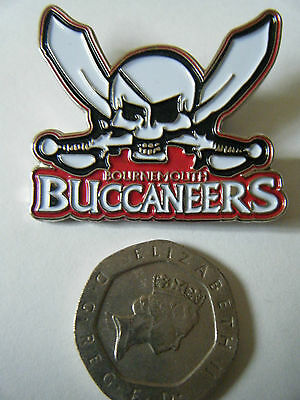 """Collectable """"BOURNEMOUTH BUCCANEERS 2009"""" Silver Speedway badge. New & sealed."""