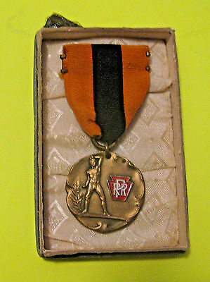 Antique 1923 Pennsylvania Northwestern Railroad Rifle Shooting Competition Medal