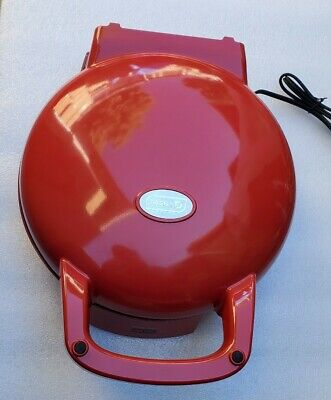 Dash Double Up Skillet + Oven 1440W Model Dps001Rd Black Color.