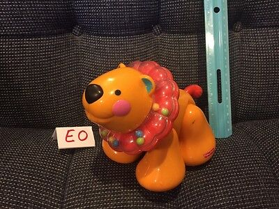 Fisher Price Amazing Animals Clicker Lion  Rattle Baby Toy GUC