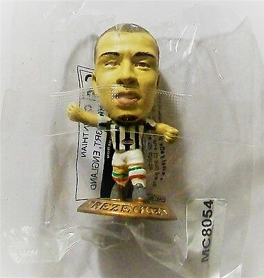 Microstars JUVENTUS (HOME) TREZEGUET, GOLD BASE MC8054