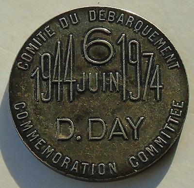 D-Day Commemorative Silver Medal 1974 30th Anniversary, Cased Excellent 32mm b)
