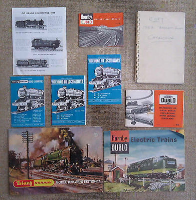 COLLECTION OF 9 TRAIN BOOKLETS including HORNBY & DUBLO.