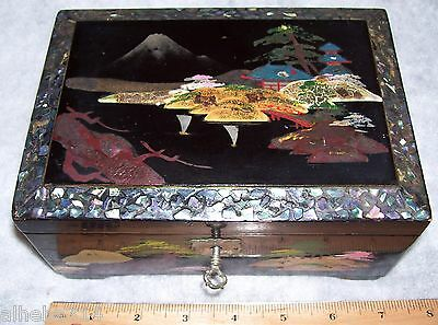 Vintage Japanese Lacquer Mother Of Pearl Inlay working Jewelry Music Box + Key