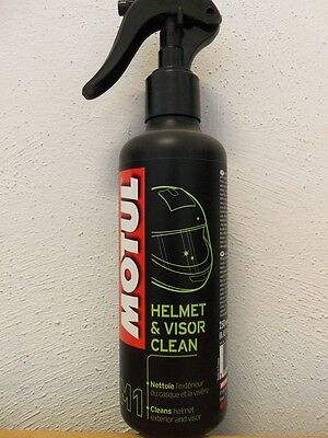 Motul Helmet & Visor Clean 250 ml     35,60 €/l