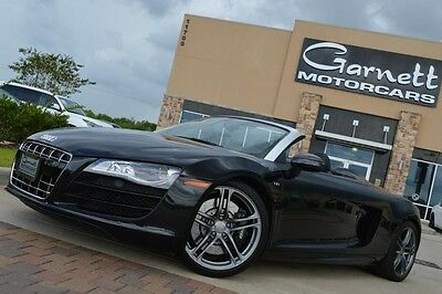 2011 Audi R8  2011 AUDI R8 5.2L V10 CONVERTIBLE * JUST SERVICED * NO ACCIDENTS * $182K NEW!