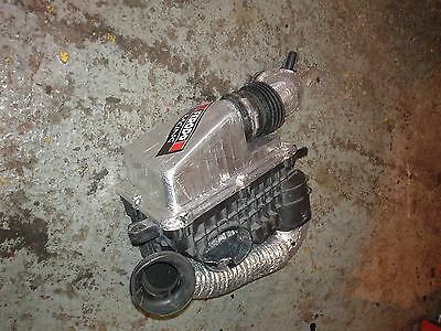 Renault Clio sport 2.0l 172 182 standard air box.no 10