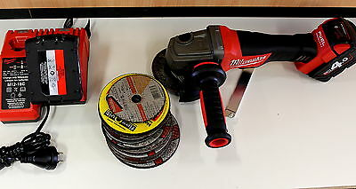Milwaukee M18Cag125Xpd Cordless Angle Grinder Battery Charger & Discs