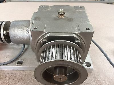 Hub City Model 165M 0221-12908-596 Bevel Gear Drive 1:1