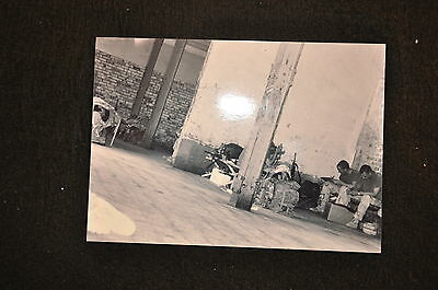 EARLY OPERATION IRAQI FREEDOM 1st ARMORED DIVISION PHOTO - SOLDIER WRITING