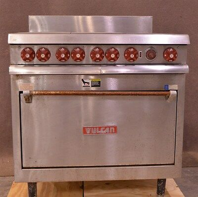 Vulcan VR1 3-Section Commercial Range With Oven/Broiler 240VAC Single Phase