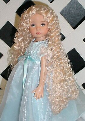 "DOLL Wig, Monique ""Christine"" Size 6/7 in Honey Blonde"