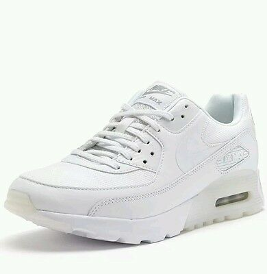 Nike Air Max 90 Ultra Essential Women Trainers in White 724981 101