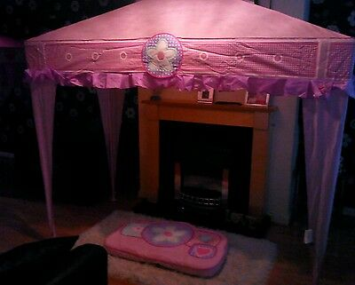 Girls pink four poster bed canopy