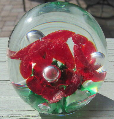 """Gibson Art Glass Floral Red Green & White Paperweight - T66T - """"apple Flowers"""""""
