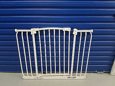 96 - 105 cm PERMA Safety Baby Rail Swing Close Security Gate for pets too