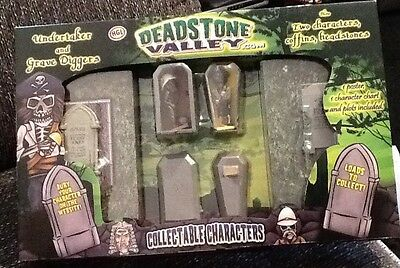 Deadstone Valley Undertaker and Grave Diggers Gift Set **Plus FREE KID Gift**