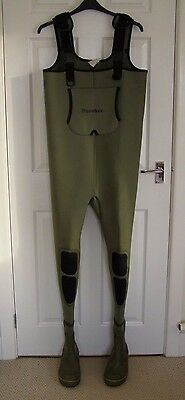 Fly Fishing SNOWBEE Neoprene Cleated Commando Bootfoot Chest Waders ~ SIZE 8 /42