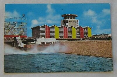 SRN6 Isle of Wight Hovercraft and Clarence Pier SOUTHSEA 1965 unused postcard ✔k