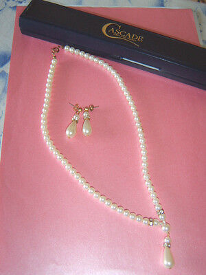 Vintage Chic Cascade Simulated Pearl Necklace & Droplet Pierced Earrings Set