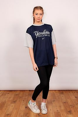 90s vintage Nike New York Yankees Baseball t-shirt major league baseball