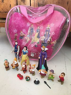 Near Complete Disney Snow White Polly Pocket Figures In Carry Case Lots Here