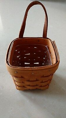Longaberger Booking Chives Basket with Protector Mint never used FREE SHIPPING!