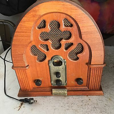 Vintage Thomas Collector's Edition 1989 Radio Model # 217 Tape Deck Wooden Works