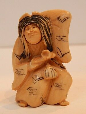 Antique Netsuke Carved Japanese Rolling 2 Face Holding Pipe Signed