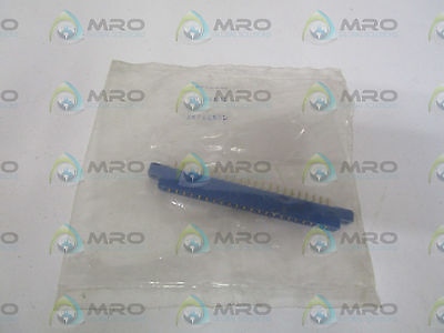 Amphenol 143-022-01 Card Edge Connector *new In Factory Bag*